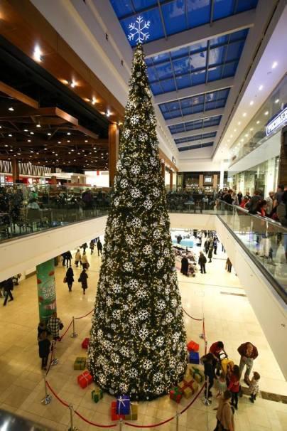 intu-derby-christmas-tree